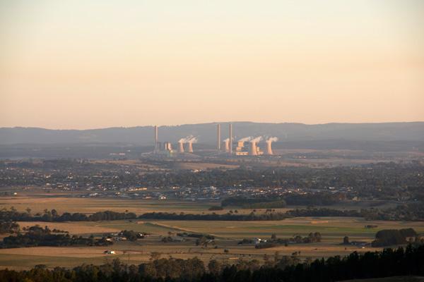 Coal-power-station-in-australia